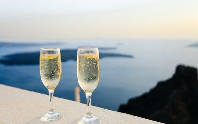 Tag en pause fra hverdagen med et glas champagne