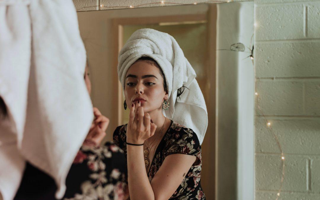 Forkæl din hud med makeup fra Youngblood
